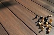 Доска для террасы, какую выбрать из ДПК или дерева?